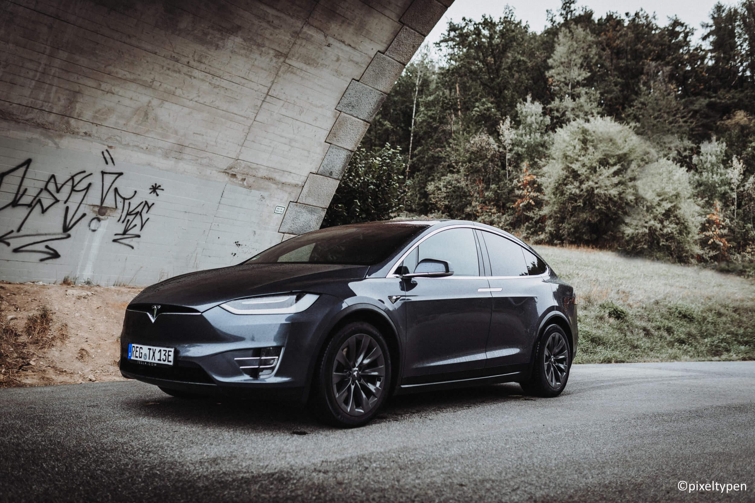 Tesla Model X 100D mieten in Teisnach