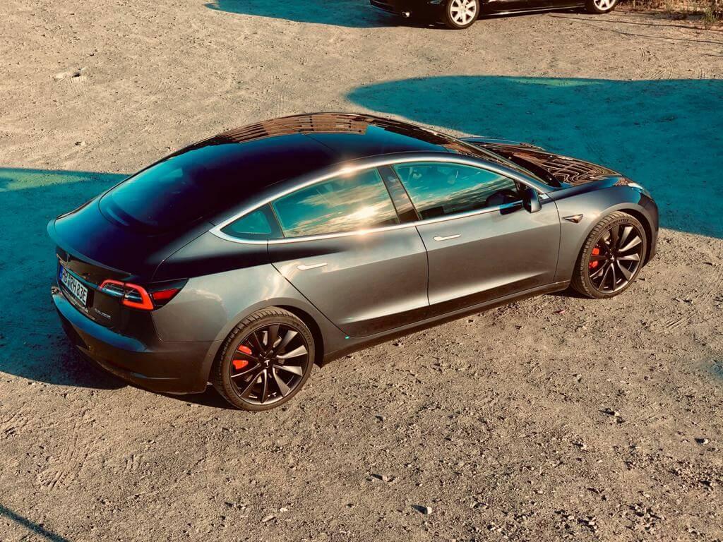Tesla Model 3 performance mieten Hamburg