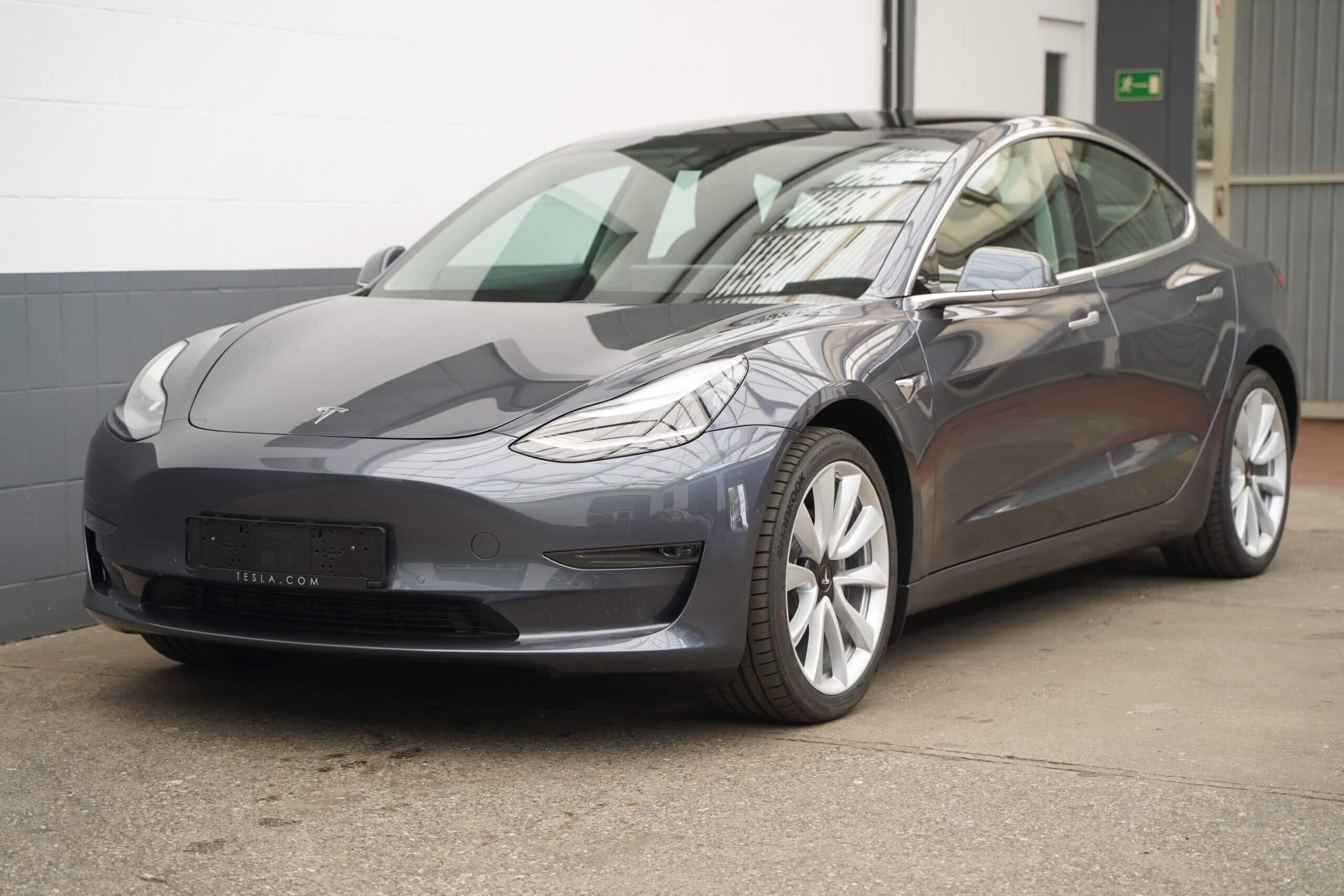 Tesla Model 3 long range mieten NRW